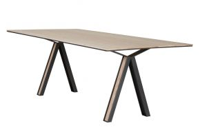 Table Blakeley 03, Roderick Vos Matea