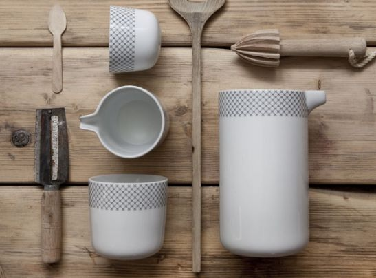 Carafe Stitches, Gry Fager__(